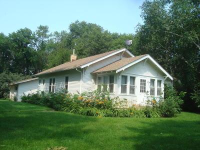 Appleton Single Family Home For Sale: 2160 90th Street SW