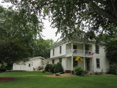 Clarkfield Single Family Home For Sale: 3885 Mn-67
