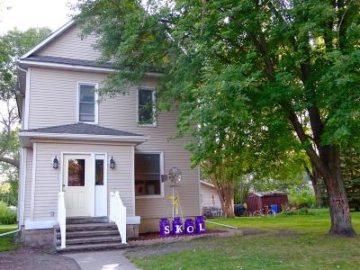 Cottonwood Single Family Home For Sale: 264 Main Street E