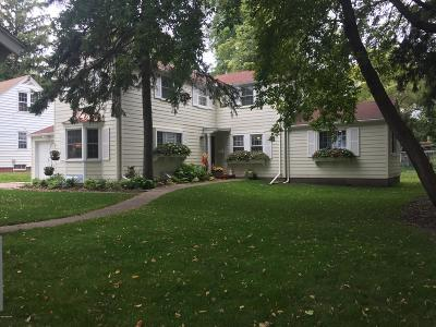 Willmar Single Family Home Contingent: 918 Trott Avenue SW