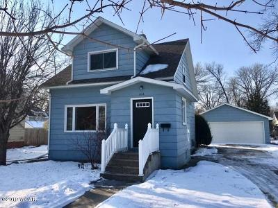 Willmar Single Family Home For Sale: 816 6th Street SW