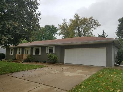 Marshall Single Family Home For Sale: 308 Carrow Street