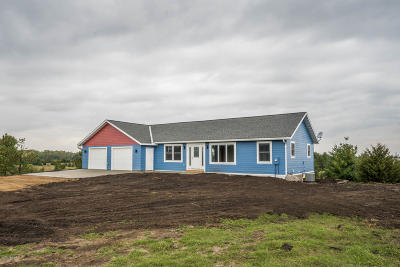 New London Single Family Home For Sale: 12948 212th Ave NE