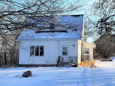 Montevideo Single Family Home Contingent: 2012 54th Street SW