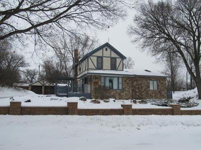 Granite Falls Single Family Home For Sale: 260 7th Avenue