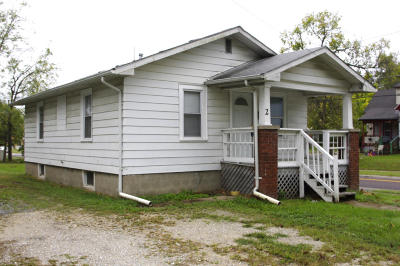 Columbia Single Family Home For Sale: 2 4TH Ave