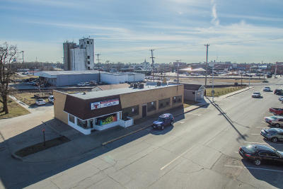 Moberly Commercial For Sale: 120 E COATES St