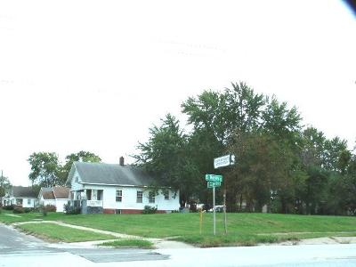 Moberly Residential Lots & Land For Sale: 306 E CARPENTER St