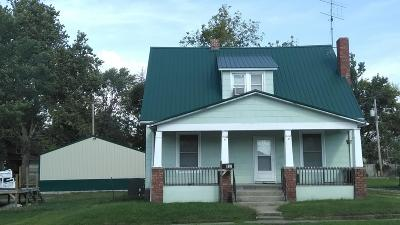 Moberly MO Single Family Home For Sale: $112,000