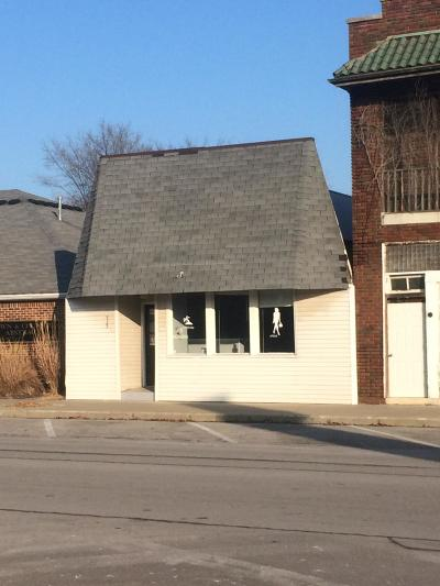 Moberly Commercial For Sale: 535 W COATES St