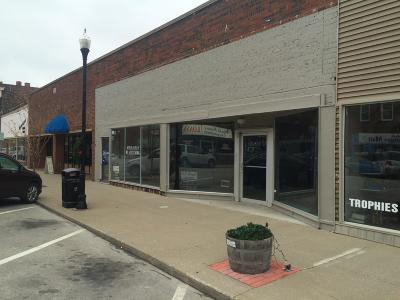 Moberly Commercial For Sale: 517 W REED St