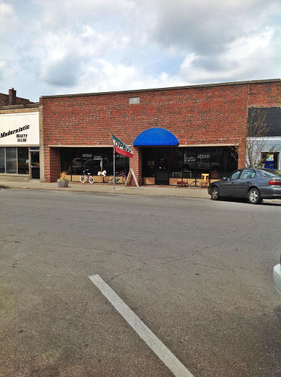 Moberly Commercial For Sale: 523 W REED St
