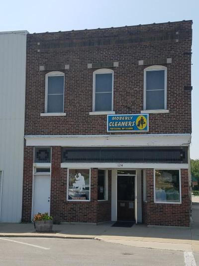 Moberly Commercial For Sale: 124 W REED St