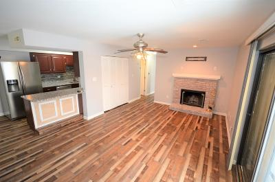 Columbia Condo/Townhouse For Sale: 2009 N WATERFRONT Dr #H
