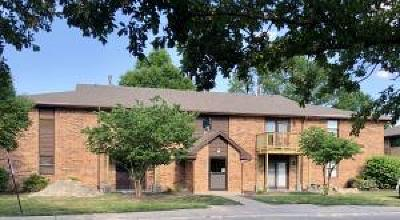 Columbia Condo/Townhouse For Sale: 500 COLUMBIA Dr #C