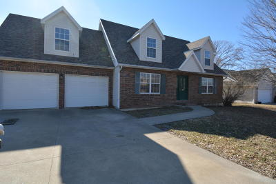 Columbia Single Family Home For Sale: 3109 CRESTWOOD Ln