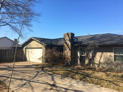 Columbia Multi Family Home For Sale: 4605 APPLE TREE Ln