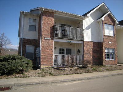 Columbia Condo/Townhouse For Sale: 29 W CEDAR LAKE DR Dr #107
