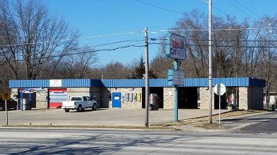 Moberly Commercial For Sale: 923 N MORLEY St