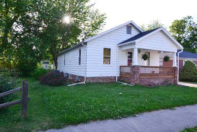 Moberly Single Family Home For Sale: 817 S WILLIAMS St