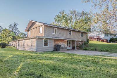 Huntsville Single Family Home For Sale: 321 W CARPENTER St