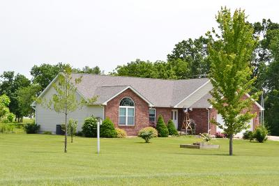 Moberly MO Single Family Home For Sale: $325,000
