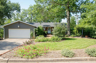 Columbia Single Family Home For Sale: 1023 WESTWINDS Ct