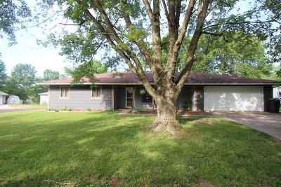 Columbia Single Family Home For Sale: 7017 N MOBERLY Dr