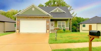 Columbia Single Family Home For Sale: 3400 TIMBER RUN Dr