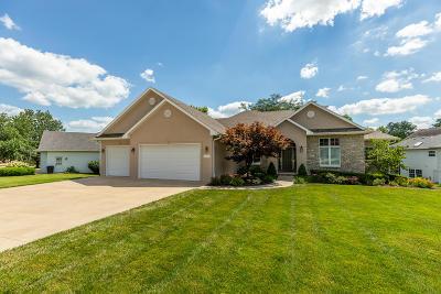 Columbia Single Family Home For Sale: 2602 PINE TREE Ln