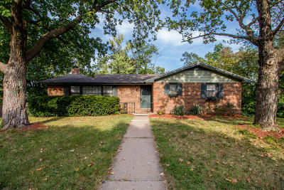 Columbia Single Family Home For Sale: 1010 YALE