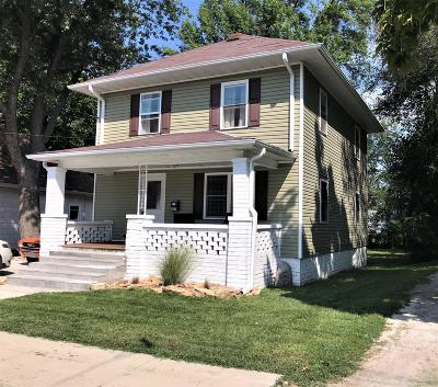 Moberly Single Family Home For Sale: 437 WOODLAND Ave