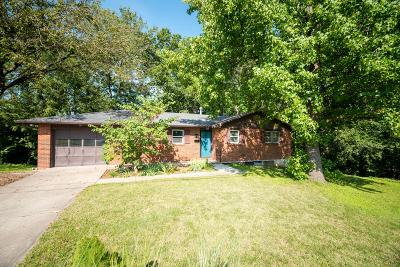 Columbia Single Family Home For Sale: 2203 BEAR CREEK Dr