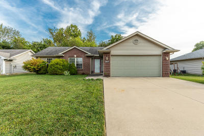 Columbia Single Family Home For Sale: 5002 SANDSTONE Dr