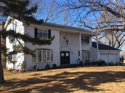Cedar County Single Family Home For Sale: S 1400 Grand