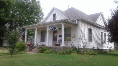 Vernon County Single Family Home For Sale: 521 S Adams