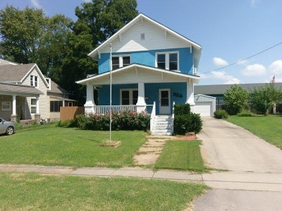 Single Family Home For Sale: 324 W Arch St