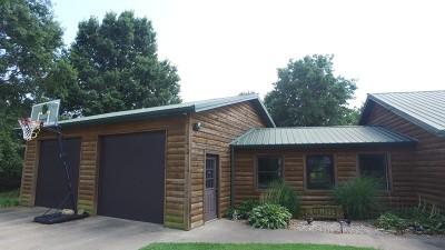 Vernon County Single Family Home For Sale: 10944 E Stockade