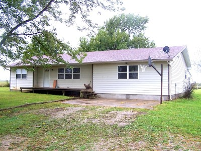 Vernon County Single Family Home For Sale: 24394 S 1813 Road