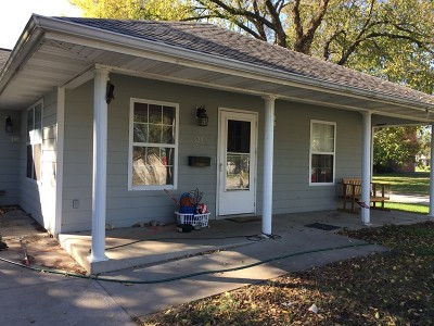 Vernon County Single Family Home For Sale: 629 W Arch