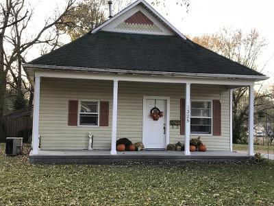 Nevada Single Family Home For Sale: 1325 N Cedar