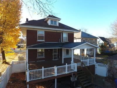 Nevada Single Family Home For Sale: 502 W Walnut