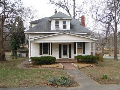El Dorado Springs MO Single Family Home For Sale: $27,500