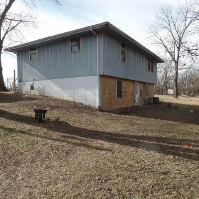 El Dorado Springs Single Family Home For Sale: 10590 S 97 Hwy