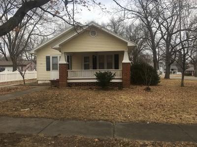 Nevada Single Family Home For Sale: 1104 W Walnut