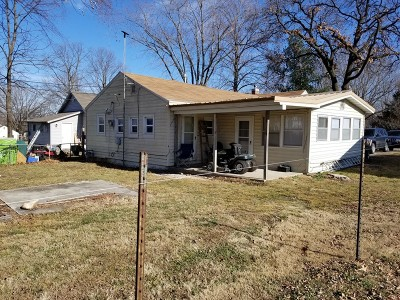 El Dorado Springs MO Single Family Home For Sale: $26,500
