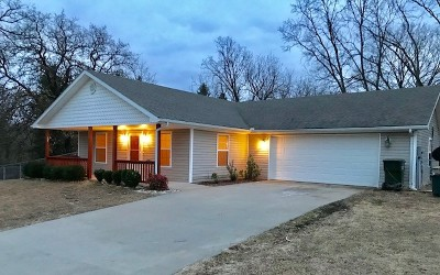 Nevada Single Family Home For Sale: 1001 W Ewing