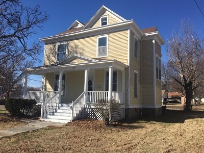 Vernon County Single Family Home For Sale: 328 S Cedar