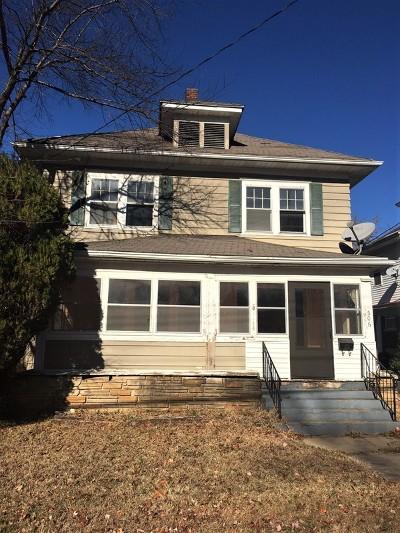 Nevada Single Family Home For Sale: 506 W Walnut