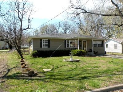 Vernon County Single Family Home For Sale: 815 N Lynn